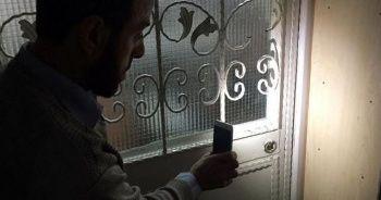Camiye giren hırsızlar suçüstü yakalandı
