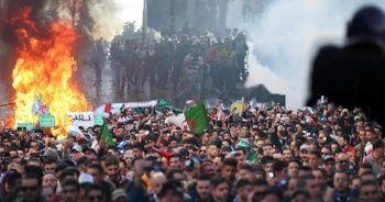 Cezayir'de gösteriler sürüyor