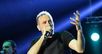 Haluk Levent konser gelirini Yeni Zelanda'da şehit olan müslümanlara bağışladı