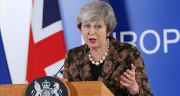 İngiltere Başbakanı Theresa May'den parlamentoya Brexit suçlaması