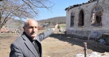 Tarihi ilkokul onarım bekliyor