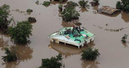BM: 'Güney Afrika'da 437 kişi kasırgada hayatını kaybetti'