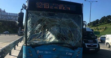 FSM Köprüsü girişinde kaza, yolcular büyük panik yaşadı