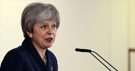 İngiltere Başbakanı May'e 'İslamofobi tanımını kabul et' çağrısı