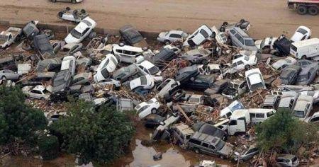 Sel felaketi komşuyu da vurdu: 11'den fazla ölü
