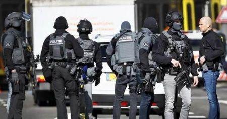 Son dakika... Hollanda'da silahlı saldırı: Ölü sayısı 3'e yükseldi