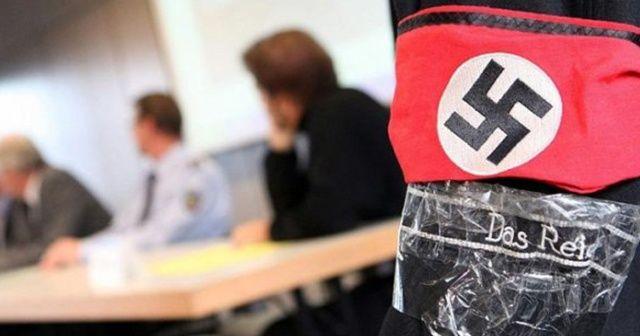 """Avusturya'da """"Nazi"""" sembolleri satan memur işten atıldı"""