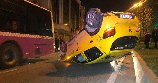 Beyoğlu'nda ticari taksi takla attı: 1 yaralı