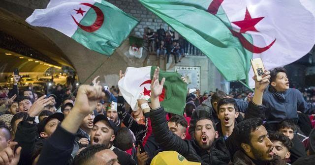 Cezayir İstihbarat Başkanı görevden alındı