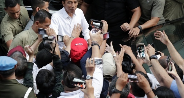 Endonezya'da Joko Widoo yeniden Devlet Başkanı seçildi