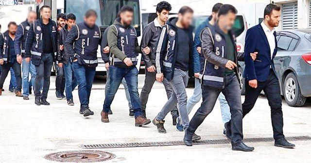 """FETÖ'nün """"Mahrem asker abilerine"""" operasyon: 50 gözaltı kararı"""
