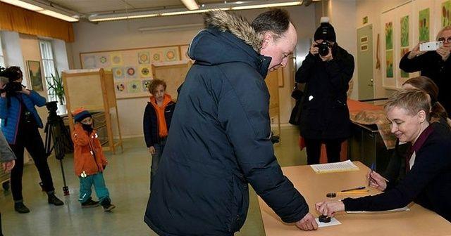Finlandiya'da halk sandık başında