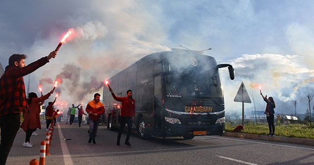 Galatasaray'a Malatya'da coşkulu karşılama