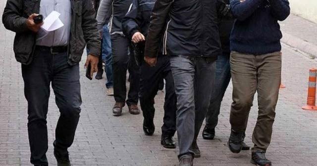 İzmir'de terör örgütlerine operasyon: 7 gözaltı