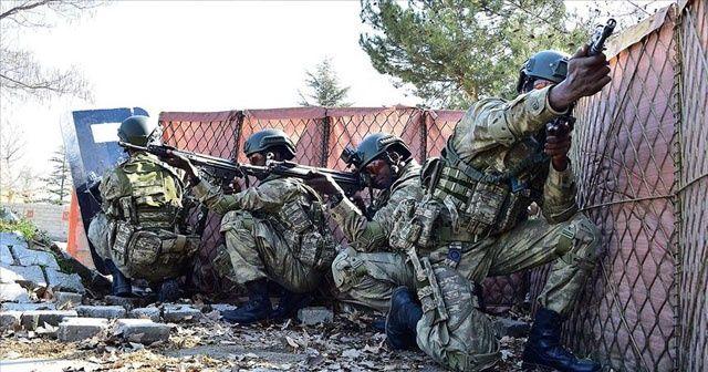 Somalili askerler komando eğitimini tamamladı