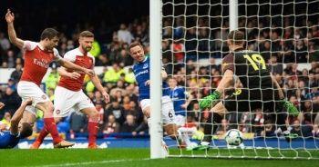 Everton Arsenal'i tek golle geçti