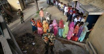 Hindistan seçimlerinin ilk gününde olaylar çıktı