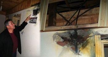 Ordu'da bir binaya yıldırım düştü