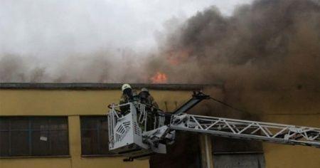 Başakşehir İŞDÖK Sanayi Sitesi'nde yangın