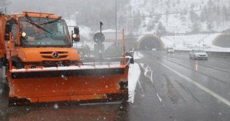Bolu'da kar yağışı 3 gündür devam ediyor
