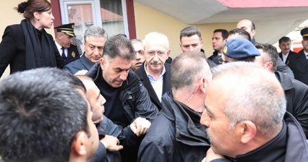 """Şehit Babası Kırıkçı: """"Ben şehit babası olarak Kemal'in buraya gelmesinden çok üzüntü duydum"""""""