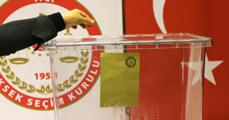 YSK Ak Parti'nin itirazlarını gündeme aldı