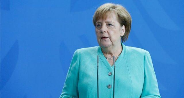 Almanya Başbakanı Merkel: Avrupa kendini yeniden konumlandırmalı