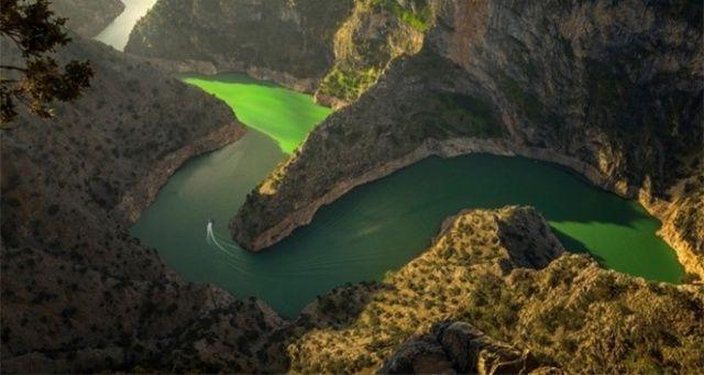 Arapapıştı Kanyonu eşsiz güzelliğiyle cazibe merkezi oluyor