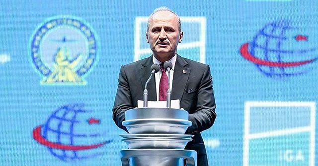Bakan Cahit Turhan'dan İstanbul Havalimanı eleştirilerine cevap