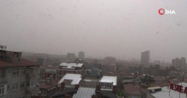 Başkent'te çöl tozları etkili oldu