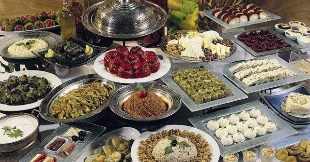 Ramazan Bayramı'nda nasıl beslenmeliyiz?