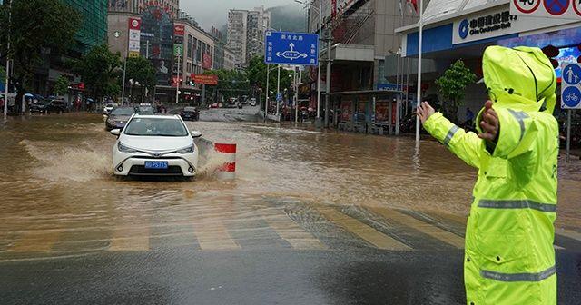 Çin'in güneydoğusunu sel vurdu