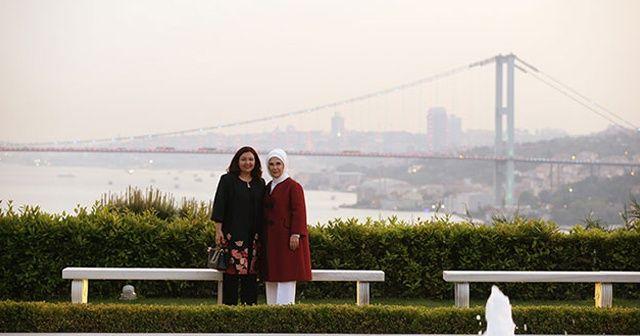 Emine Erdoğan, Serbagh Salih'i Vahdettin Köşkü ve botanik bahçesini gezdirdi