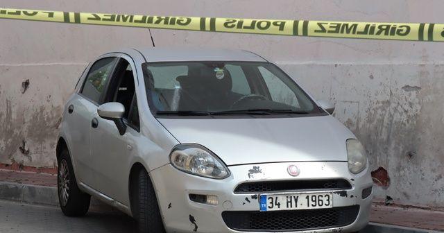 Fatih'te içerisinde 4 kilo altın olan otomobile silahlı soygun