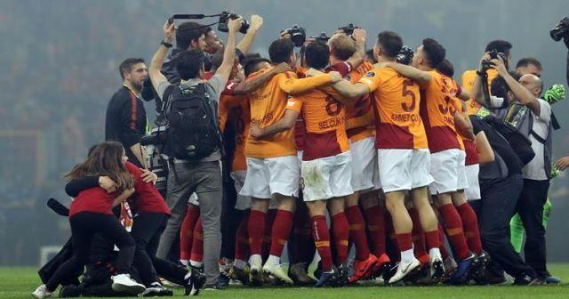 Galatasaray Başakşehir 2-1 maç özeti golleri izle! GS Başakşehir Şampiyonluk maçı golleri özeti