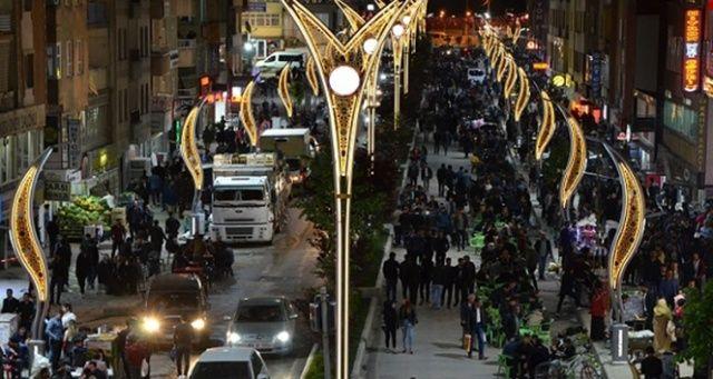 Hakkari'de Ramazan geceleri huzur içinde geçiyor