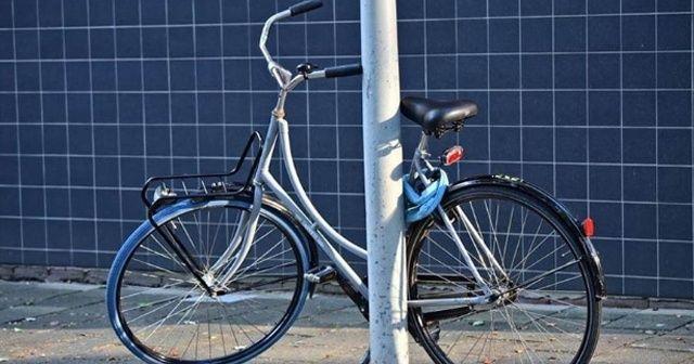 İran'ın İsfahan eyaletinde kadınların bisiklet kullanımı yasaklandı