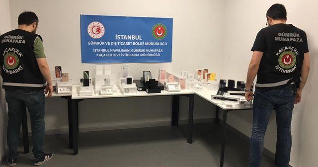 İstanbul Havalimanı'nda 8 milyon liralık kaçak cep telefonu operasyonu