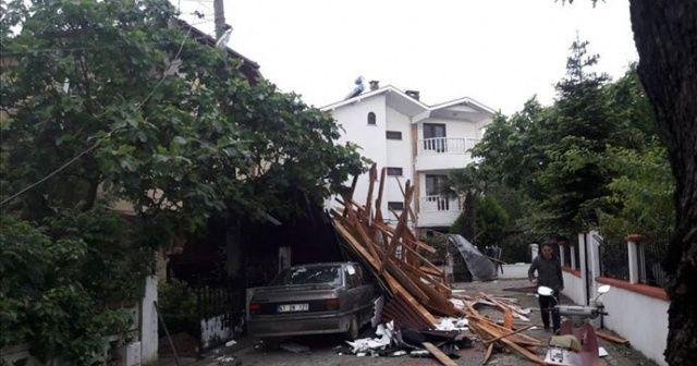 Kocaeli'de şiddetli rüzgar etkili oldu