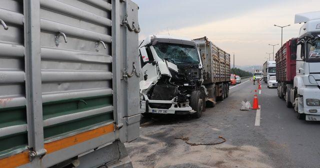Kocaeli TEM Otoyolunda zincirleme kaza: 4 yaralı