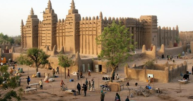 Mali'de bir katliam daha: 12 ölü