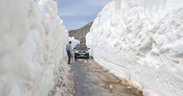 Mayıs ayında Antalya'da 10 metre kar