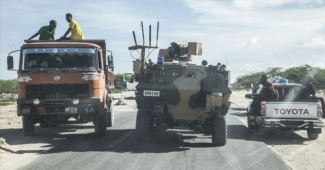 Mogadişu'daki çatışmalar yaşamı olumsuz etkiliyor