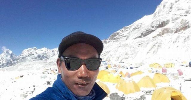 Nepalli dağcı yine Everest'in zirvesinde