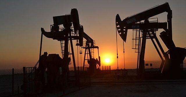 Petrol fiyatları ekonomik yavaşlama endişeleriyle 70 doların altında