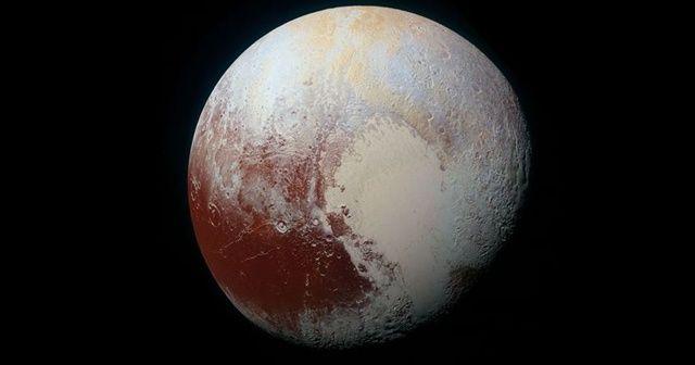 Plüton'da bir yüzey-altı okyanusu olabilir