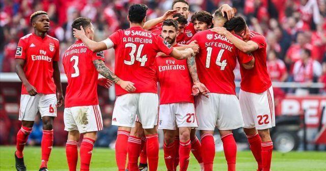 Portekiz'de şampiyon Benfica