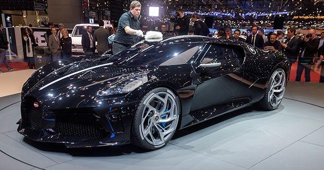 Ronaldo dünyanın en pahalı otomobilini satın aldı