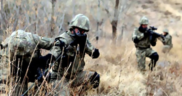 Şemdinli'de terör örgütü PKK'ya ait silah ve mühimmat ele geçirildi