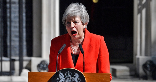 Theresa May'in istifasına AB'den ilk tepki